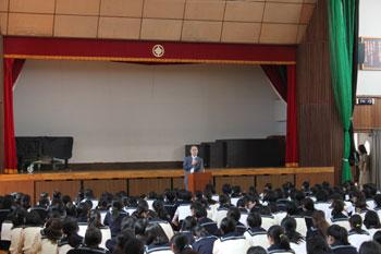 大妻中野中学校の職場体験説明会で名誉会長が講話
